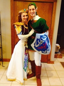 Zelda and Link Cosplay at the 2014 Grand Rapids Comic-Con