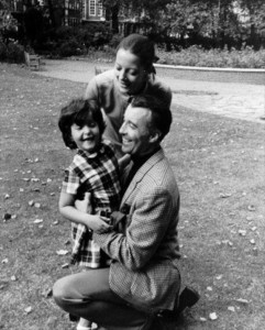 "The Lee Family: Sir Christopher with wife Birgit ""Gitte"" and daughter Christina. Image from http://skydancingblog.com/tag/classic-films/"